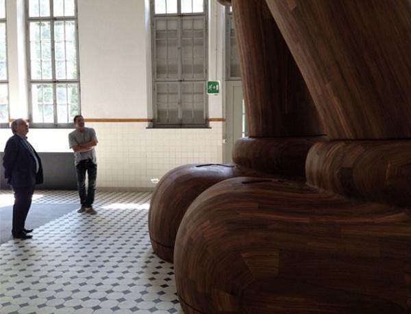 kaws-massive-wooden-sculpture-teaser-1
